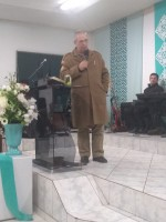 Presença de Deus no culto em Lages